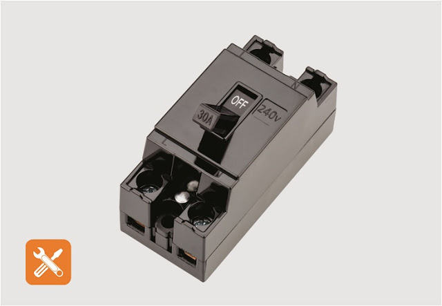 Molded Case Circuit Breaker (MCCB)